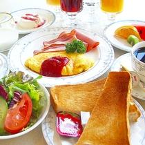 *【朝食一例/洋食】きちんと栄養をつけて元気に1日を過ごしましょう