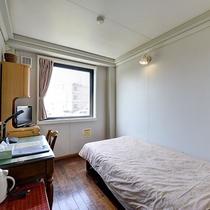 *【部屋/シングル】12.5平米の禁煙ルームです。喫煙室は、各階にございます。