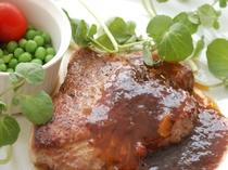 ブランドお肉の「信州豚」のソテー