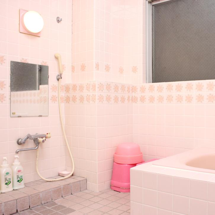 浴室は男女各1室ずつ御座います!