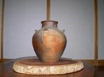 牡丹抜き 壷