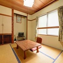 *【道路側和室6畳】2名定員のお部屋となります。ごゆっくりお過ごし下さいませ。