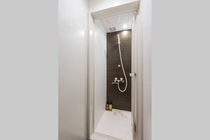 Shower / シャワー
