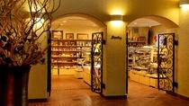 Shop:箱根近郊のお土産やスナック・ドリンクを取り揃えています。