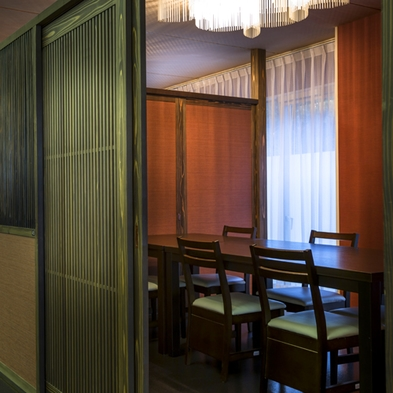 【夕食会場は半個室】海一望の貸切風呂が1回無料♪白えび料理が満喫できる≪1日3室限定≫プラン