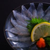 【春の白身魚の薄造り(酢物)】