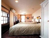 アンティークツイン14号室(room14-2013)
