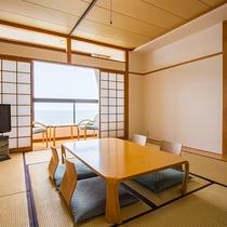 *【部屋/和室】海が見える窓際で、家族団欒のひとときを。