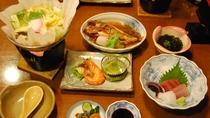 *【夕食一例】夕食は有明海の豊富な海の幸・旬の素材をたっぷり使用した和会席をご用意