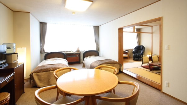 【最上階/禁煙】和洋室(32平米・バス、トイレ付・定員6名)