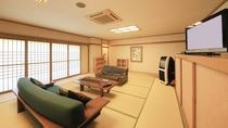 畳敷きの和室カラオケルーム