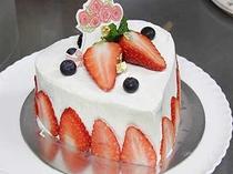 手作りハートデコAnniversaryケーキ