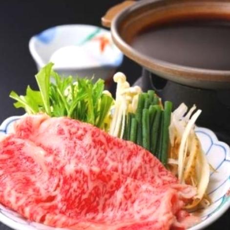 脂の旨味がたまらない〜!前沢牛のすき焼き