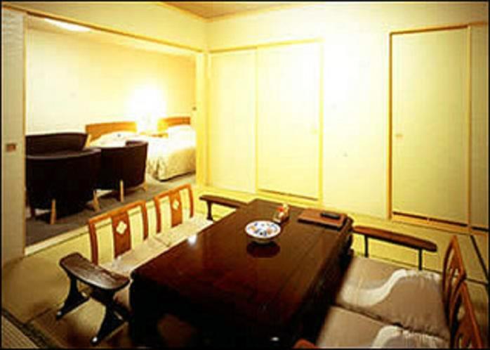 和室10畳+洋室ツインの特別室