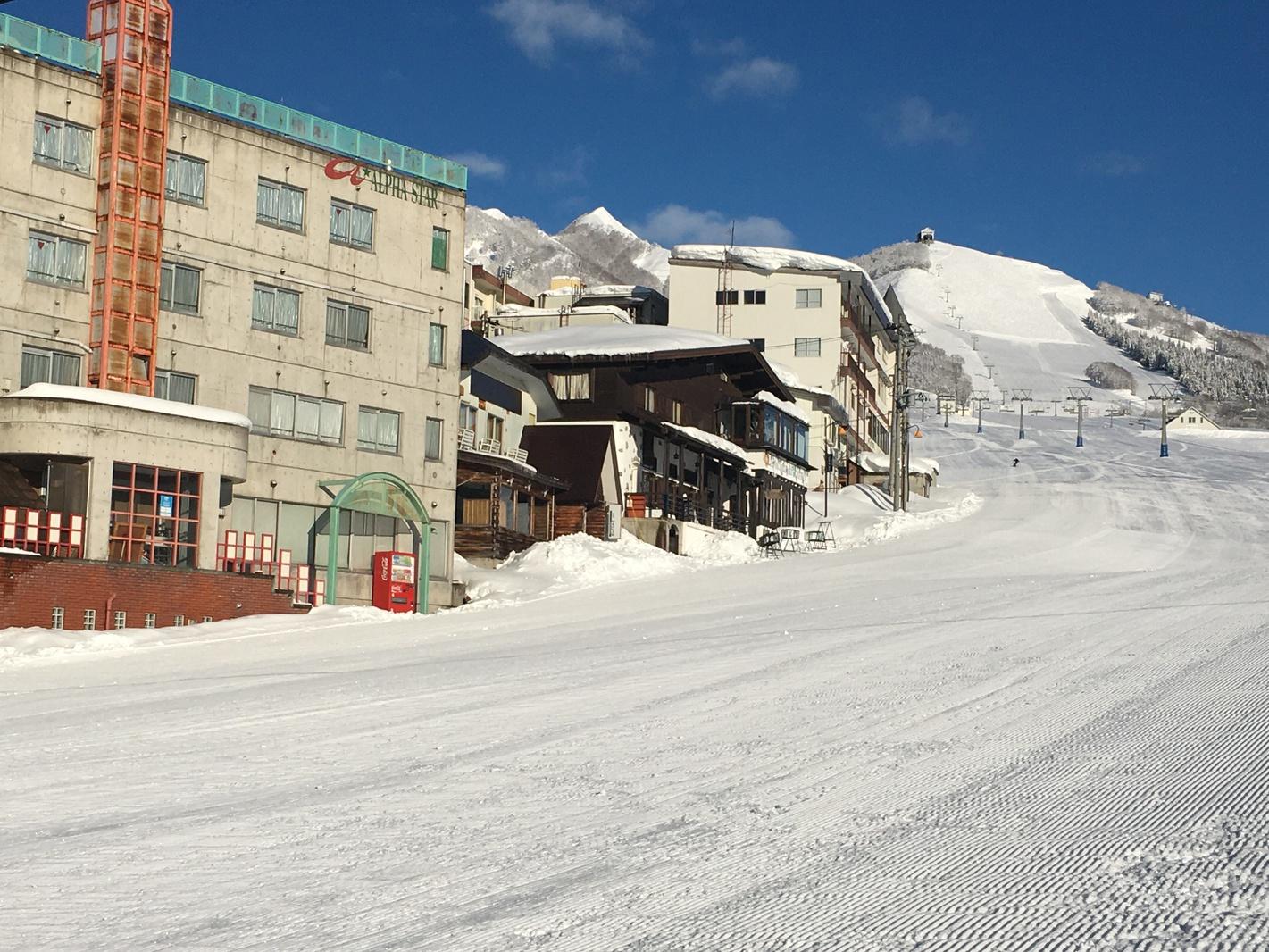 岩原スキー場ゲレンデ内のホテル