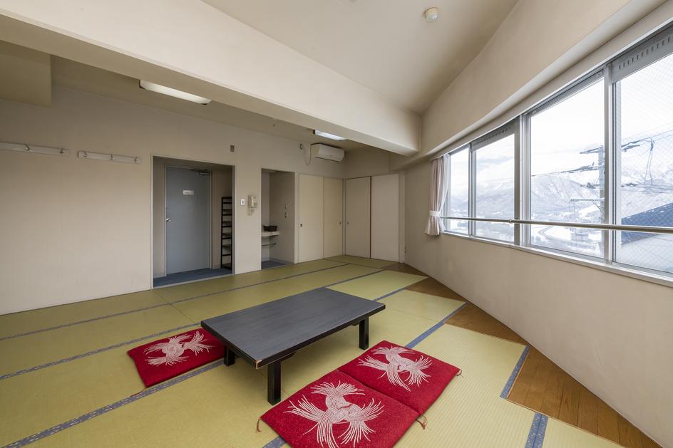 和室16畳(洗面・トイレ付)