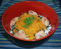 川魚のイクラ丼(期間限定)