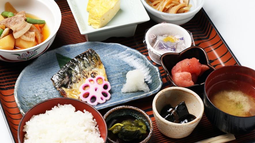 *【朝食一例】朝から沢山食べて、元気に1日を過ごしましょう!