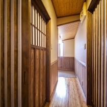 各客室までの回廊