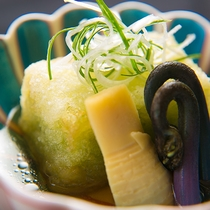 【お料理】那珂川の郷土料理、大根もち。大根のさっぱり感ともちもちした食感の組み合わせが新感覚。