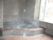 天然温泉の内湯(新)