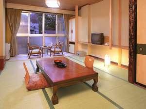 1階客室 10畳和室