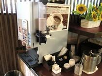 ロビーカフェのコーヒーマシン2