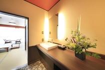 2階リニューアル部屋(赤) 洗面1