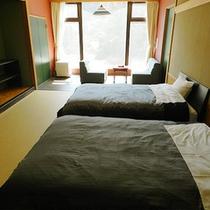 【ツインベッドルーム】ゆったりセミダブルベッドのお部屋(一例)