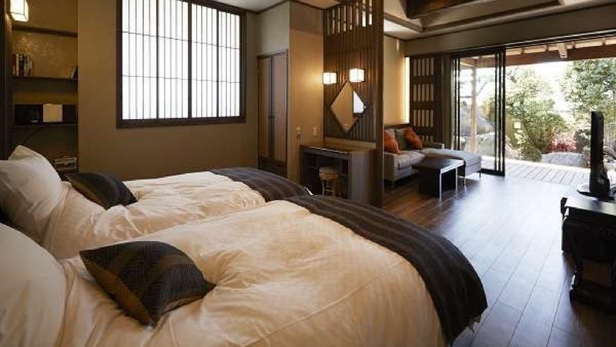客室「熊野」茶を基調としており、森林の中にいるようなスピリチュアルティを感じていただけます。