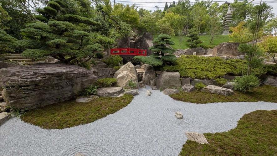 四季折々の風情が堪能できる日本庭園