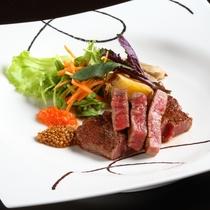 日本一の和牛「高千穂牛」。その芳醇な味わいは正に格別。