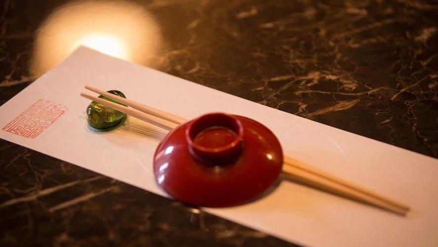 一本一本手作業で作られた世界に一つの竹箸
