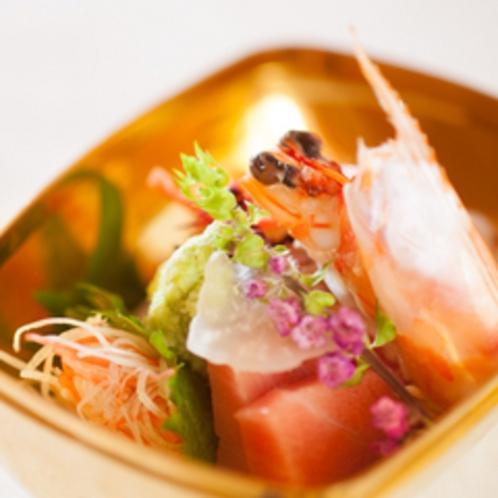 *【夕食一例】地産地消を心がけ、京野菜や旬の厳選食材を使用したお料理をご堪能下さい。