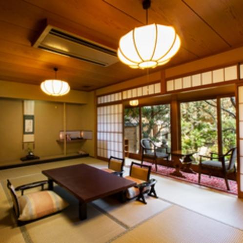 *【和室12帖一例】ゆったりお寛ぎいただける純和風のお部屋。全客室造りが異なります。