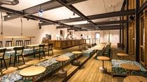【cafe&bar つきの】内観