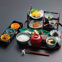 【朝食】お目覚めにホテル特製の和朝食をどうぞ