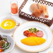 【朝食】お目覚めにホテル特製の朝食をどうぞ