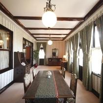 【客室/特別室】細部までも趣向を凝らした空間に圧倒される。