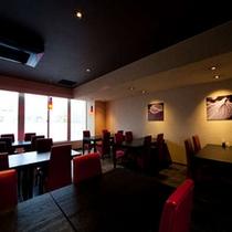 【レストラン】ホテル1階にあるレストラン「L'amant de aile(ラマンデール)」
