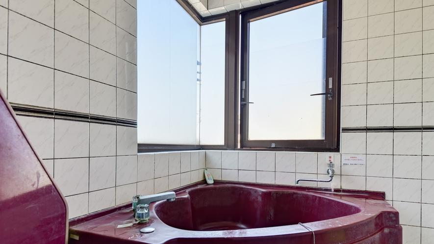 *客室一例/本館おまかせ客室・ペット可 周りを気にせず温泉でリラックス。