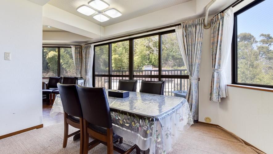 *客室一例/本館客室3LDK 広いお部屋なので大人数でも安心。