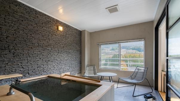 【シンプルモダン603】リビング+洋室+半露天風呂+テラス