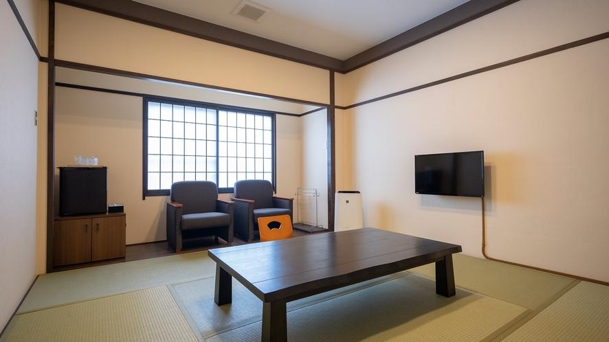 5階8畳客室一例