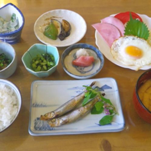 *【朝食全体例】爽やかで清々しい朝の空気の中で、美味しいお食事を食べればすっきりお目覚め♪
