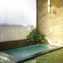 *【温泉】炭酸水素塩泉でトロッとした湯ざわりは、肌に優しい、美肌の湯。