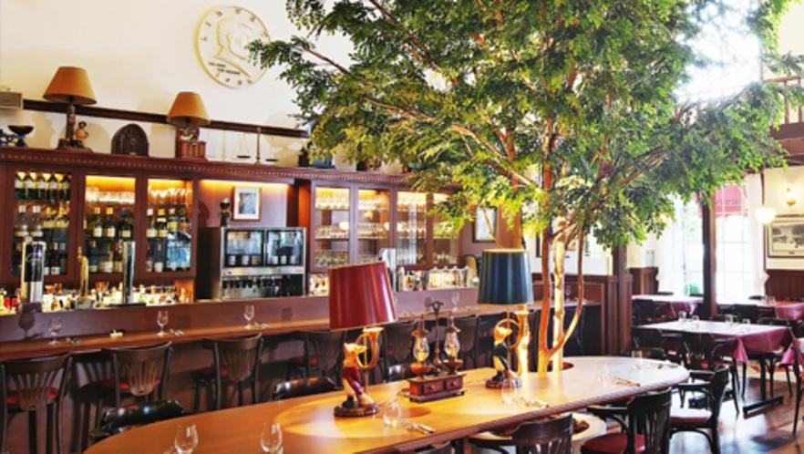 レストラン「リバティー」(営業時間6:45~22:00)