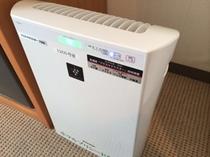 5・6・8Fの喫煙ルームに高濃度プラズマクラスター空気清浄機を設置