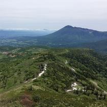 八幡平の山並み