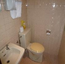 地下トイレ